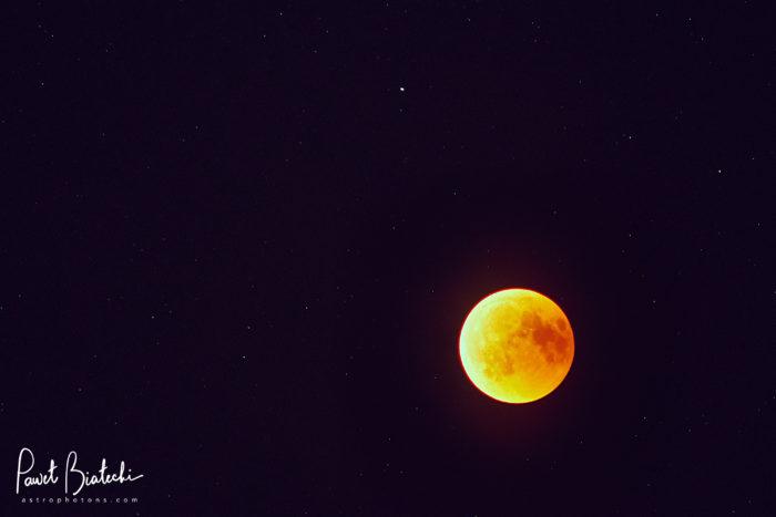 Full Lunar Eclipse on Fornax Lightrack II, Fuji X-T20, and Pentax Super Takumar 200mm